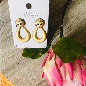 Zara earring